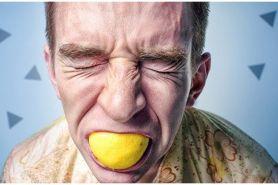 7 Bahaya makan terlalu cepat bagi kesehatan, berisiko diabetes