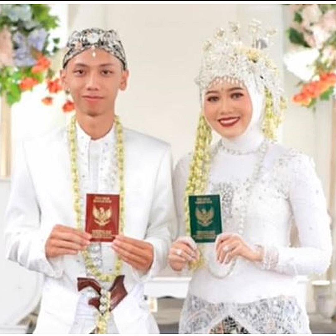 Kisah pasangan ujian praktik menikah di sekolah, kini jadi suami-istri