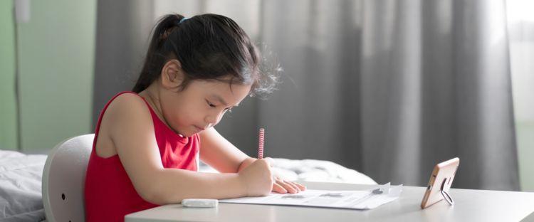 5 Cara efektif sekolah online saat pandemi, bikin fokus belajar