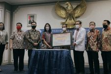 Dukung percepatan penanganan pandemi, Sasa donasi 17 generator oksigen