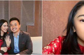 7 Momen lamaran Putri Tanjung, sosok kekasih bikin penasaran