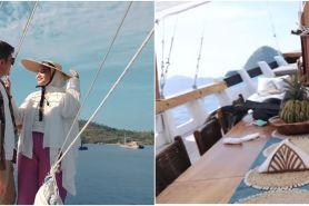 11 Foto kapal sewaan Zaskia Sungkar di Labuan Bajo, jadi betah liburan