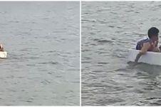 Seberangi sungai pakai styrofoam, perjuangan bocah SD ini bikin salut