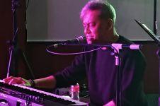 Konser dari Deheng Hills, Fariz RM bawakan sederet tembang hits