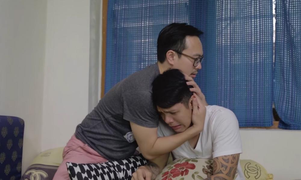 Martin Anugrah dan Reza Nangin Curhat Sambil Peluk-Pelukkan
