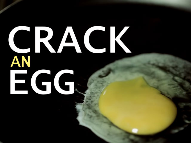 Crack An Egg Jadi Korban Hipnotis © Youtube