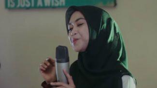 """Wow! Merdunya Suara Ria Ricis di Cover Lagu """"Kaulah Kamuku"""""""