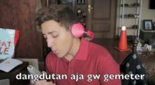 Aron Ashab Ajak Followers Banyakin Pahala Lewat Lagu Parodi