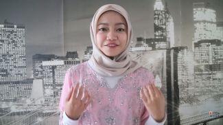 Bawakan Lagu Give Thanks to Allah, Fathia Izzati Tampil Berhijab
