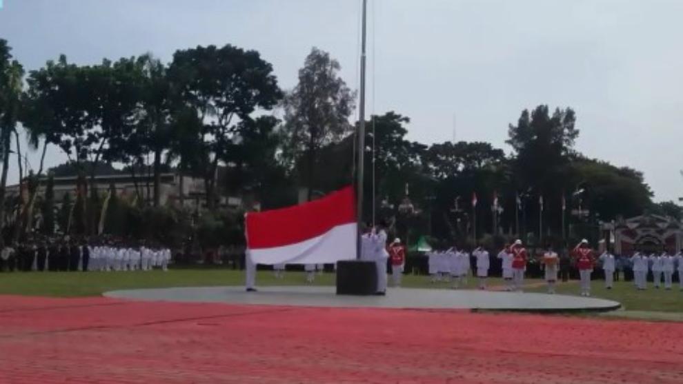 Memilukan, Merah Putih Gagal Dinaikan Saat Upacara Bendera Kemerdekaan