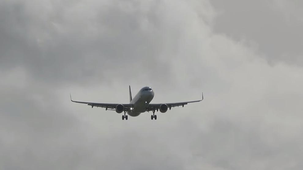 Gagal Landing, Pesawat Terperangkap Dalam Crosswind!