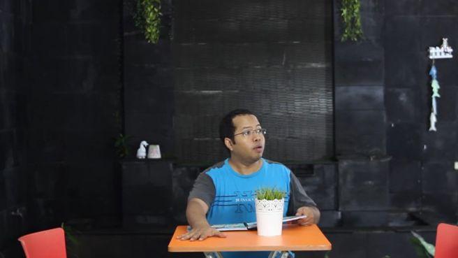 Tipe-Tipe Kocak Maling Handphone Versi Duo Harbatah