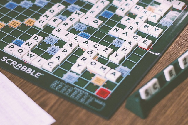 Scrabble https://pixabay.com/en/scrabble-board-game-fun-925520/