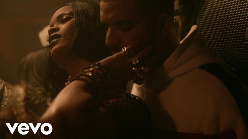 RihannaVevo RihannaVevo