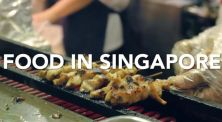 Andro Primnata Adiwijaya Kasih Unjuk Makanan Enak di Singapore