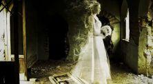 Kisah Horor dan Misteri Dari Gaun Pengantin Anna Baker