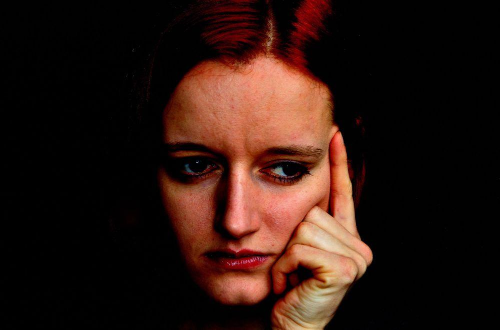 thinking-woman  © publicdomainpictures.net