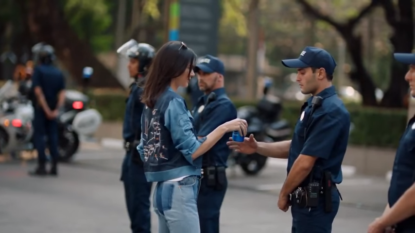 Kendall Jenner for PEPSI Commercial  © youtube kendall and kylie