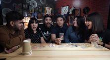 Intip Keseruan 'Food Roulette Challenge' Crack An Egg Bareng Samsolese