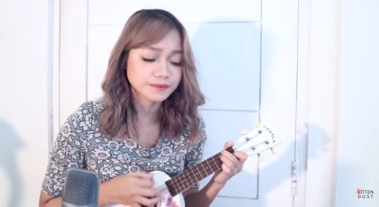 Michelle - The Beatles (Ukulele Cover) © kittendust