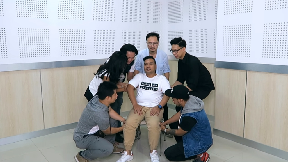 Yudist Ardhana Tantang Cameo Project Lakukan Finger Lift Challenge