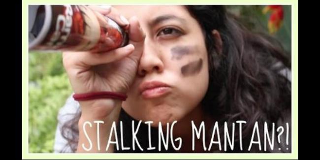Stalking Mantan Bisa Bikin Cepat Move On Lho!