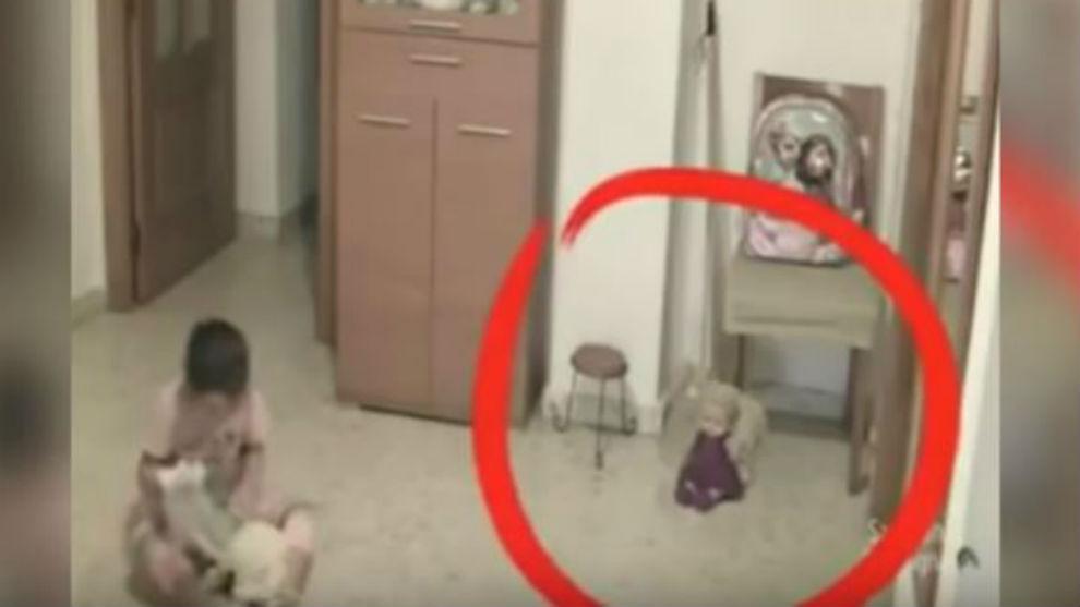 Merinding! Inilah 5 Penampakan Hantu yang Terekam di CCTV