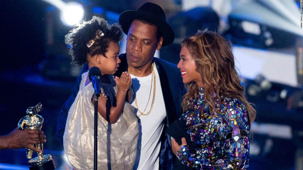 Beyonce Dikabarkan Telah Melahirkan Bayi Kembarnya!