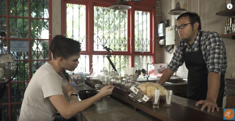 Dateng-Dateng Laper #1 Untuk yang Ditinggal Si Dia feat. Jun Chef DWIKA PUTRA & FEBRI RACHMAN © kokiku tv