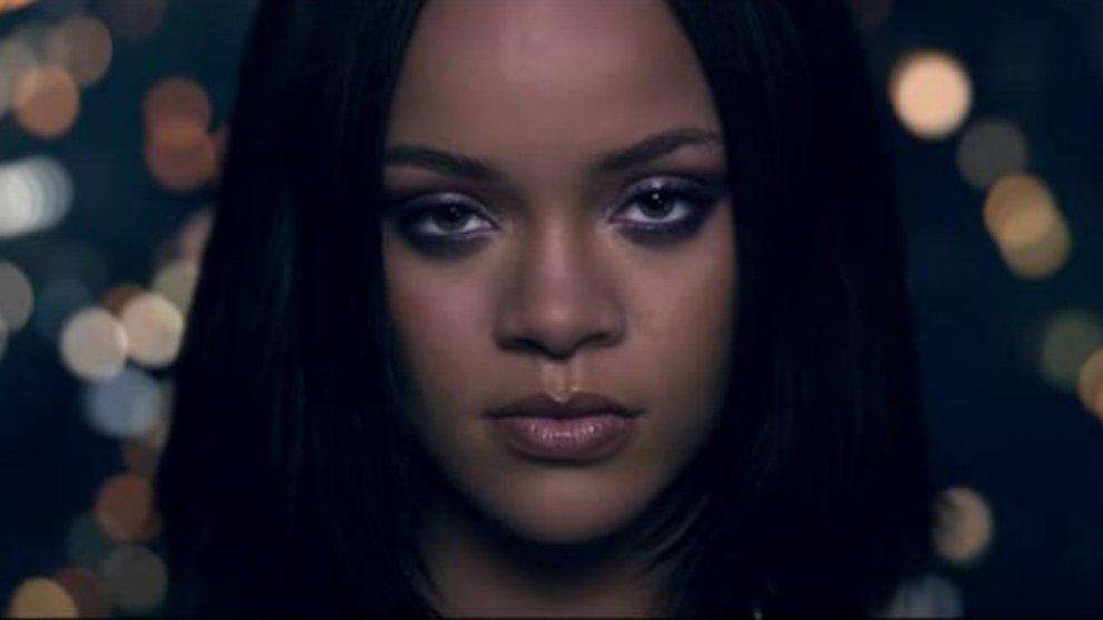 Kendrick Lamar - LOYALTY. ft. Rihanna © Kendrick Lamar