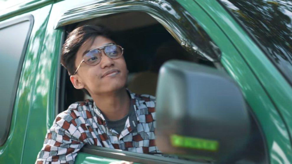 "Kisah Kehidupan Supir Angkot Dalam Parodi Lagu ""Akad"", Single Terbaru Payung Teduh"