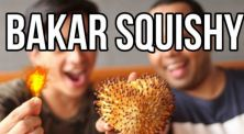 Video Eksperimen Duo Harbatah, Apa yang Akan Terjadi Jika Squishy Dibakar?