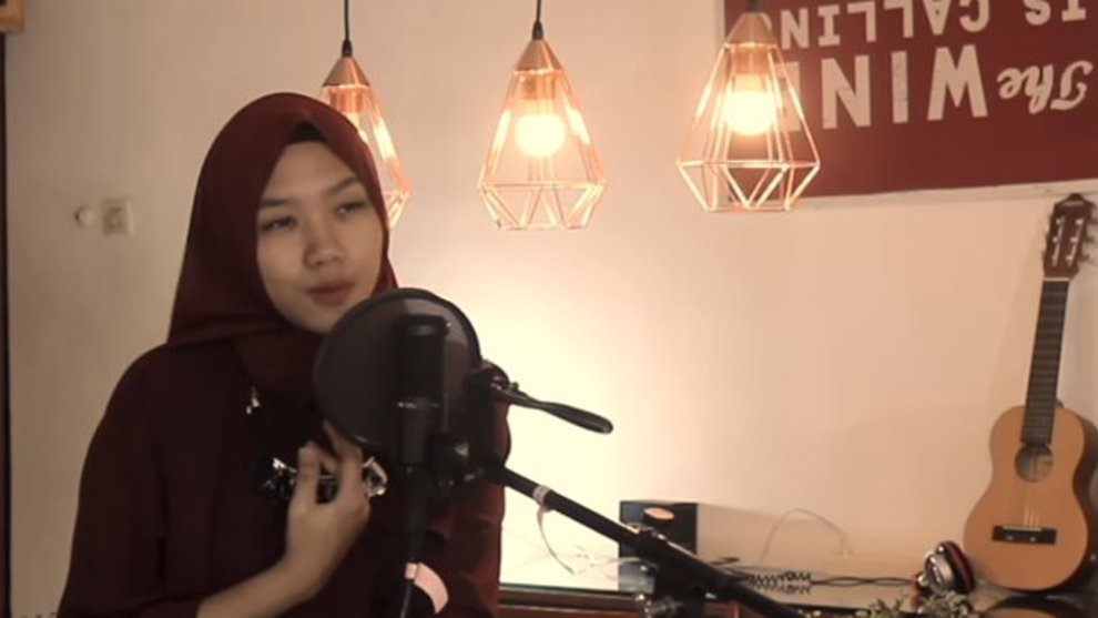 """4 Cover Lagu """"Tanah Air"""" yang Bikin Makin Cinta Dengan Indonesia"""