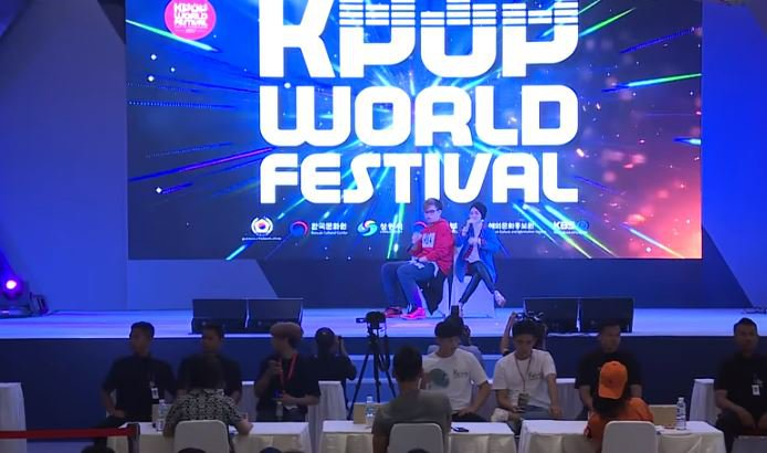 Preliminary Winners of 2017 K-POP World Festival  Tiffani Afifa & Alphiandi (Indonesia) kbs world tv © kbs world tv