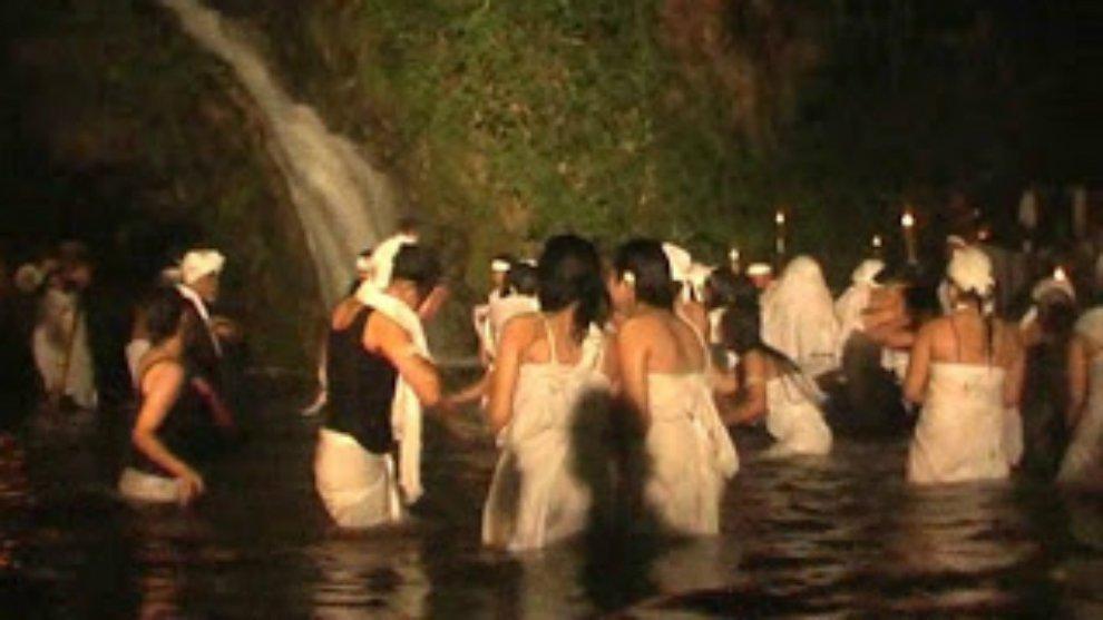 Inilah 4 Tempat di Indonesia yang Dipercaya Melakukan Ritual Pemujaan Setan