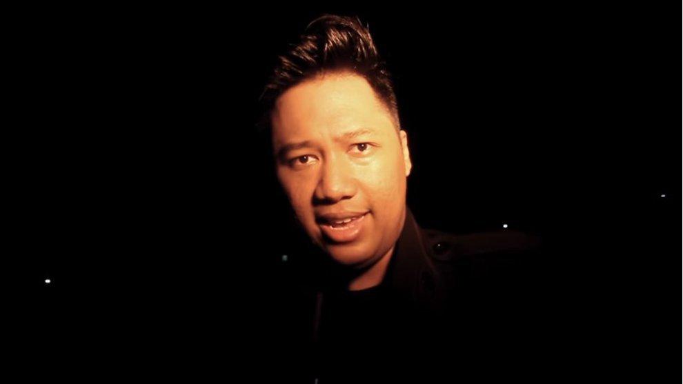 3 YouTuber Indonesia yang Berani Uji Nyali di Kuburan Jeruk Purut