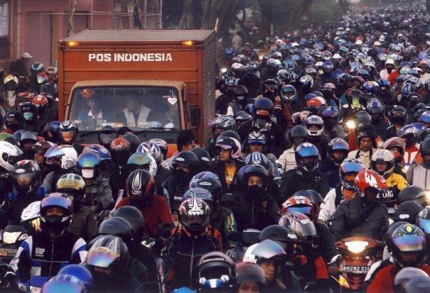 10 Tipe Pengendara Yang NGESELIN Di Indonesia kenaprasetya ©  kenaprasetya