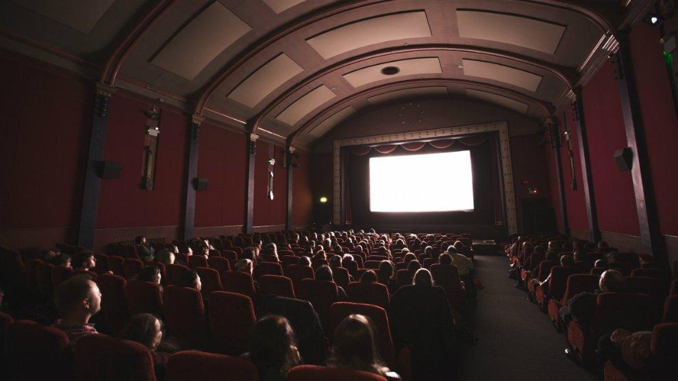 Inilah 4 Rahasia Mengapa Lampu Bioskop Harus Selalu Dimatikan