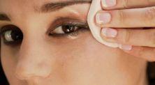 Cewek Wajib Simak! 3 Tips Mudah Menghapus Maskara Tanpa Membuat Rontok Bulu Mata