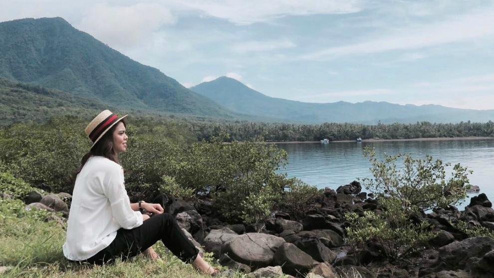 Intip Rani Ramadhany Menikmati Keindahan Alam Pulau Flores Rani Ramadhany Instagram