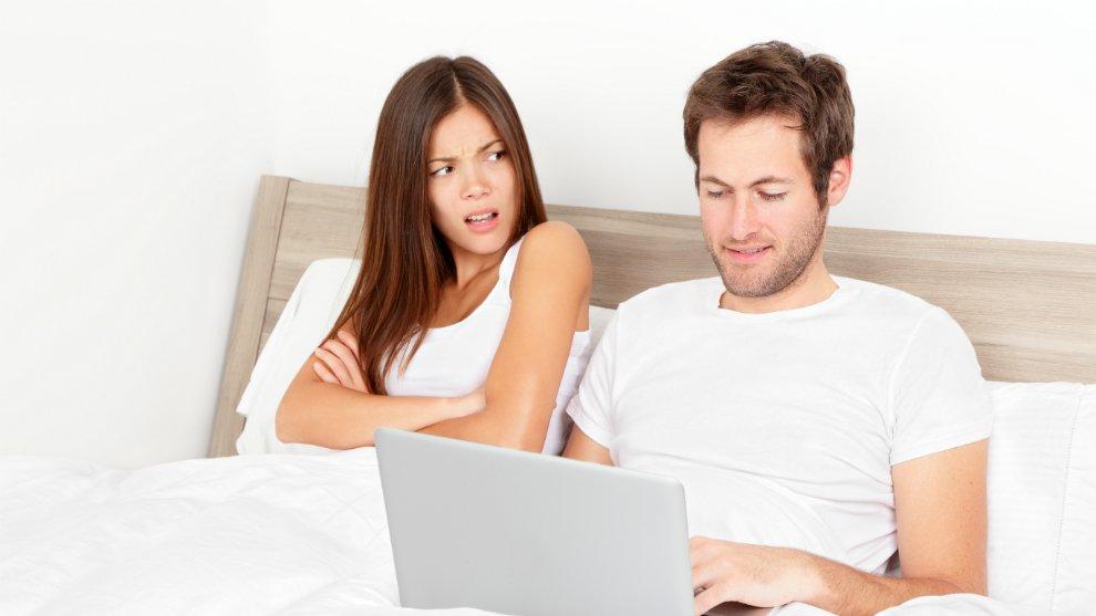 5 Tanda Kalau Kamu Berada di Hubungan Cinta yang Tak Sehat