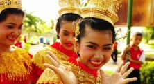 5 Negara yang Terkenal Dengan Keramahannya di Dunia! Ada Indonesia?