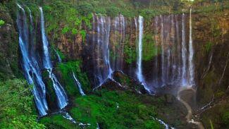 5 Air Terjun di Indonesia yang Nggak Kalah Cantik Dari Air Terjun Niagara