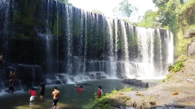Wow...Rugi kalo belum mampir kesini !! Inilah 11 Air Terjun Terindah di Indonesia beautiful indonesi © beautiful indonesia paradise
