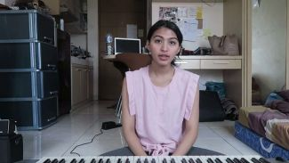 5 Cover Lagu Dari Mentari Novel yang Nggak Kalah Keren Dari Penyanyi Aslinya!