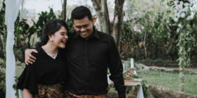 4 Hal Penting yang Harus Kamu Lakukan Dengan Pasangan Sebelum Memutuskan Menikah © 2018 famous.id