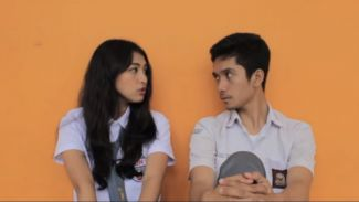 Kolaborasi Mentari Novel dan Ram D Ali Dalam Video Cover 'Rewrite The Stars'