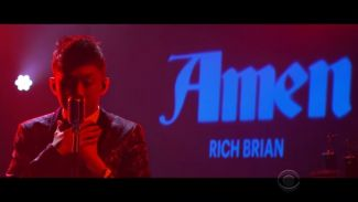 Rilis Album Debut, Rich Brian Tampil di 'Late Late Show with James Corden'