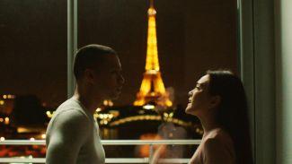 Nostalgia Kisah Cinta Menggemaskan Adit dan Tita di Eiffel I'm in Love 2