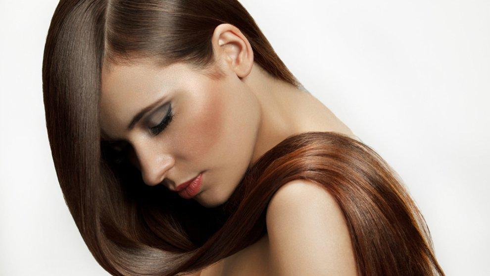Tips Untuk Meluruskan Rambut Secara Alami Tanpa Dicatok!